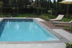 piscina-gris-claro