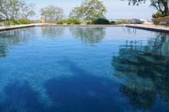 piscina-natural-negra-7