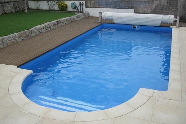 liner-piscina-azul