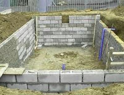 piscina construida con bloques