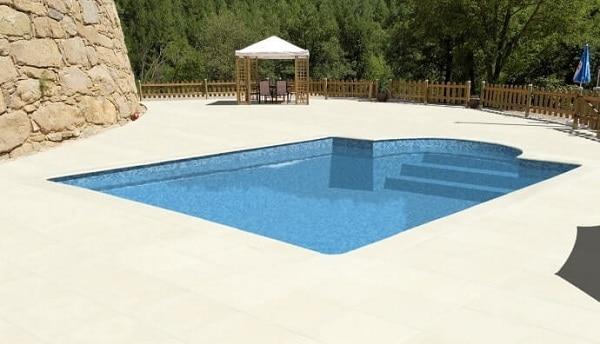Suelo piscina piedra historia
