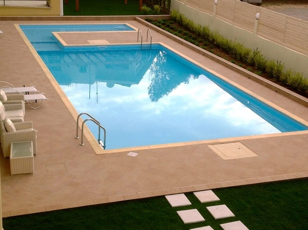 liner armado piscina azul claro