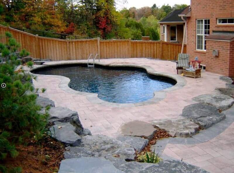 piscina liner negra