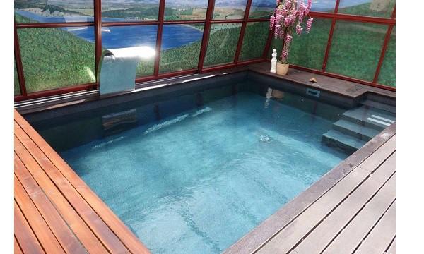reparar fuga piscina llena