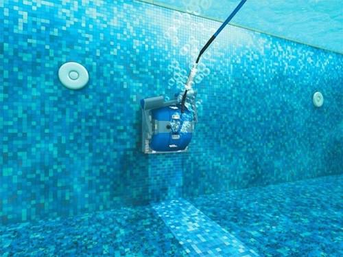 Robot fondo y paredes piscina