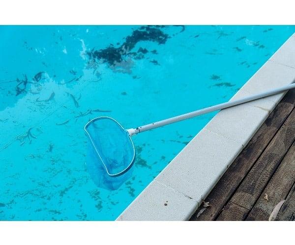guía mantenimiento piscina