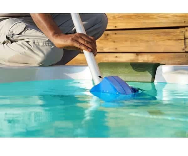 Cómo limpiar piscina sin depuradora