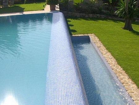 desborde piscina elevado