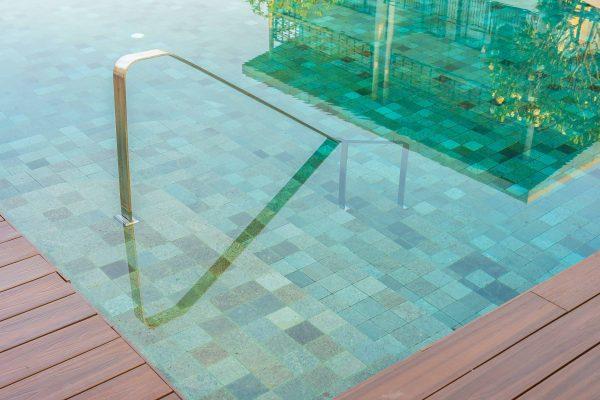 escaleras para piscinas de obra