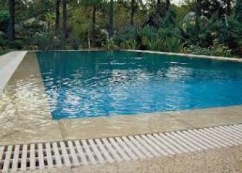 piscina desborde finlandes