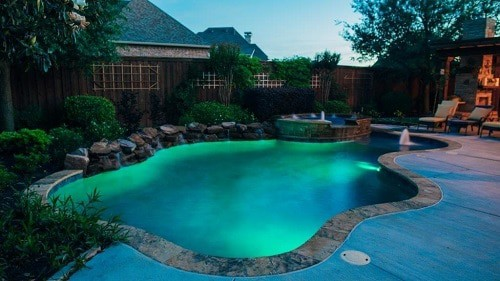 formas de piscina personalizada