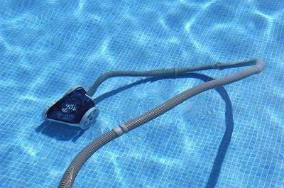 limpiar fondo antical piscinas