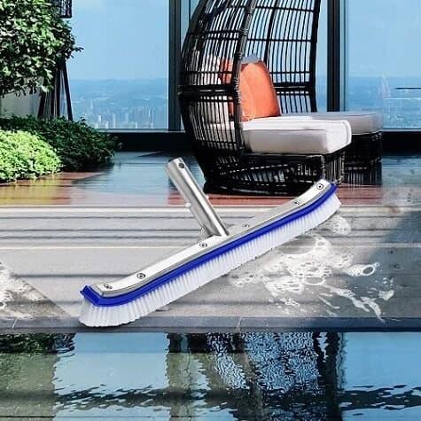 cepillo de cerdas para piscinas