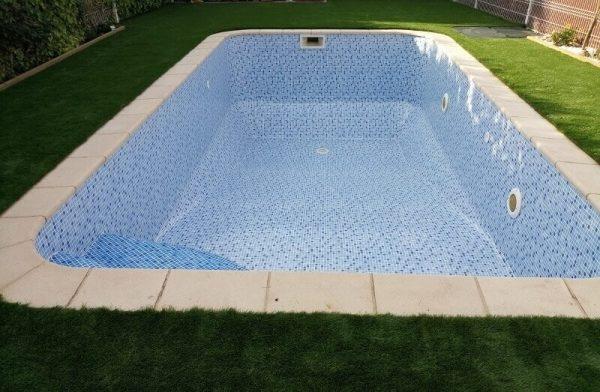 piscina vacía liner gresite