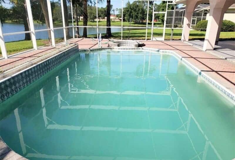 agua blanda piscina