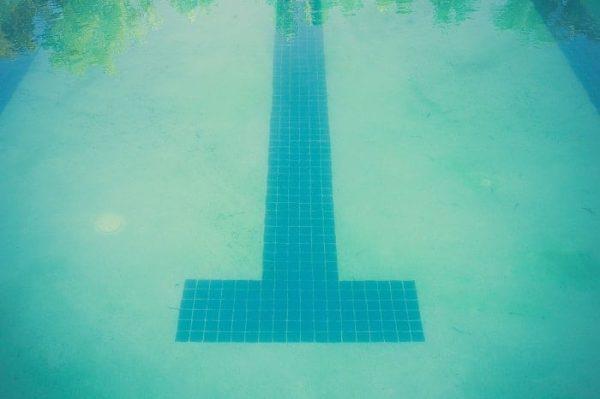 piscina con dureza agua piscina baja