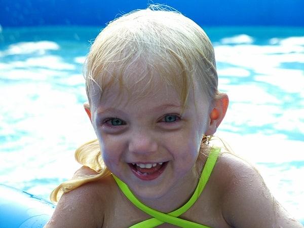 piscina desmontable para niños limpia